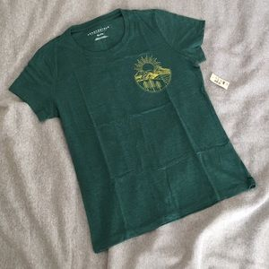 Tops - NWT Wilderness Tshirt